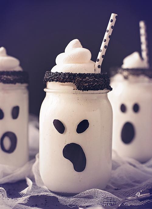 Duhec milkshake - napitek za zabavo za noč čarovnic