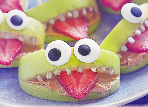 Jabolčne pošasti - prigrizek za noč čarovnic