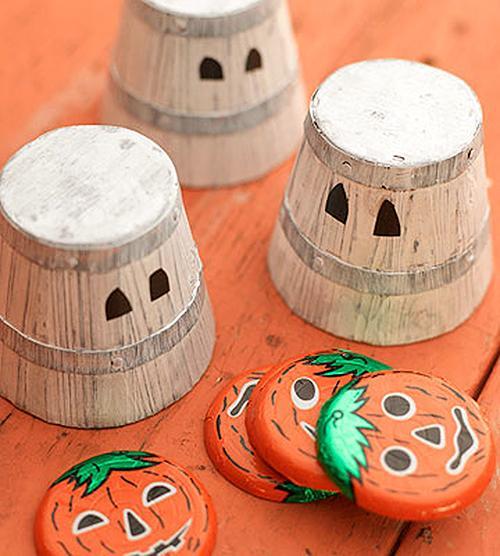 Pod katerim lončkom je bonbonček - igre za noč čarovnic