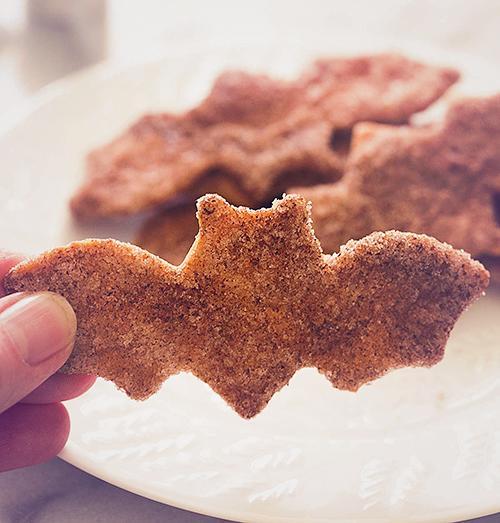 Netopirski čips iz tortilije - prigrizek za noč čarovnic