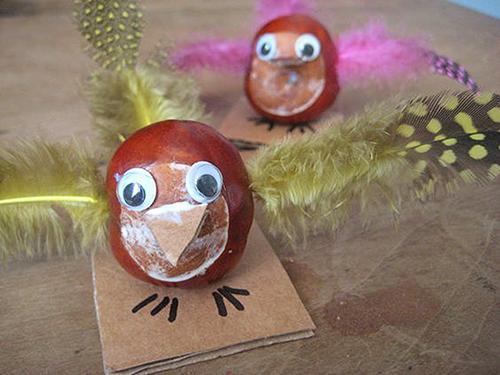 Ptiček - žival iz kostanja - civcav.si