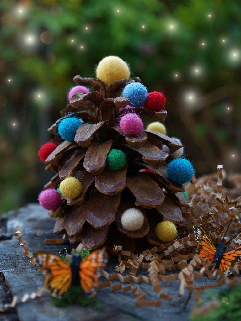 Naravni božični okraski - smrečica iz storža - civcav.si